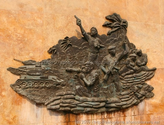 Primeiro baixo-relevo da Batalha de Kifangondo