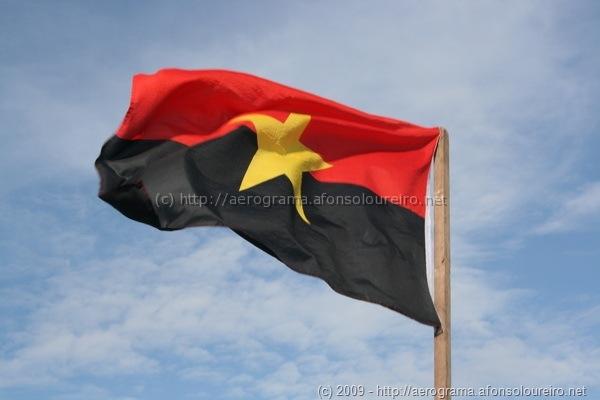 Bandeira do MPLA