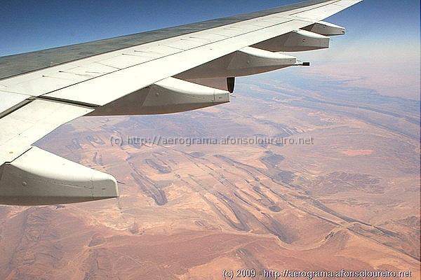 Estruturas geológicas no deserto