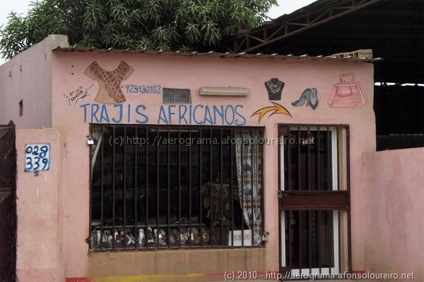 Trajis africanos