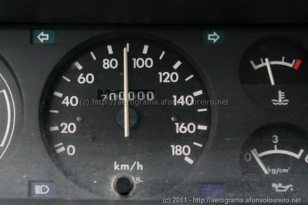 200 000 km